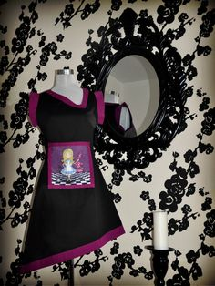"Original illustrated dress, black/purple color - Illustration ""Malicia"" (Alice in Wonderland)"