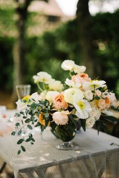 English Garden Bridal Inspiration | Lauren Love Photography | Bridal Musings Wedding Blog 17