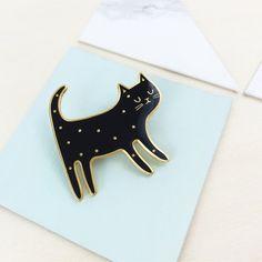 Hello Hemmi - Black Cat Pin