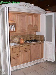 Cucine | Cucine Country | Cucina Armadio | Arredamenti su misura | Cucine in muratura | Cucine moderne | Mobili in legno | Contado Group Verona