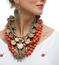 Are you trying to find about the bestindian head jewelry, zuni indian jewelry, and cheap indian jewelry online,.Read the site simply press the highlighted bar for additional detail --- Coral Jewelry, I Love Jewelry, Tribal Jewelry, Statement Jewelry, Boho Jewelry, Jewelry Art, Beaded Jewelry, Beaded Necklaces, Wire Bracelets