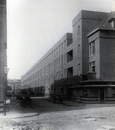 jjp oud blocks 8 and 9, spangen municipal housing scheme, rotterdam, netherlands, 1923