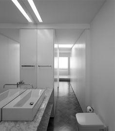 João Tiago Aguiar, arquitectos — Bairro das Colónias II Apartment