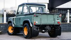"carsthatnevermadeitetc: ""Land Rover Defender TDCI 90 Pick Up – Chelsea Wide Track, by Kahn Design. An earlier Defender-based project from the Chelsea Truck Company "" Landrover Defender, Kahn Defender, Land Rover Defender Pickup, Land Rover Pick Up, Cummins, Land Rover Santana, Kahn Design, Land Rover Series 3, Offroader"