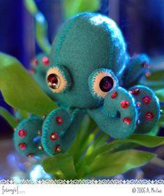 """Sigmund the Octopus"" felt and sequin children's craft"