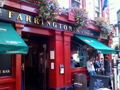 Farringtons in the heart of Templebar Best Craft Beers, Temple Bar, Best Pubs, Vegetarian Options, Dublin, Ireland, Irish, Shops, Places
