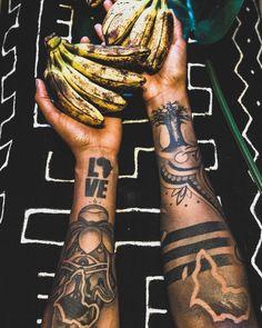 tattoos on dark skin black men * tattoos on dark skin ; tattoos on dark skin women ; tattoos on dark skin african americans ; tattoos on dark skin black ; tattoos on dark skin black men African Queen Tattoo, African Sleeve Tattoo, Arm Sleeve Tattoos, Egyptian Tattoo Sleeve, Black Men Tattoos, Black People Tattoos, Sleeve Tattoos For Women, Forarm Tattoos, Dope Tattoos