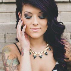 Edgy bridal wedding makeup | A stunning Punk Rock Bride bridal portrait session | Images: Amy Cloud Photography | #tattooedbride #punkrockbride #rockandrollbride
