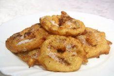 Traumhaft schmecken die gebackenen Apfelringe. Ihre Lieben werden von diesem köstlichen Rezept begeistert sein.