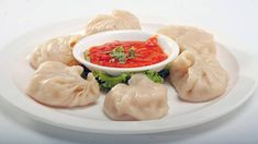 Veg Dimsum (Momos) - Steamed dumplings stuffed with a lightly spiced vegetable filling. a popular Tibetan recipe, Served with spicy & hot sauce. Indian Recipes In Hindi, Cake Recipes In Hindi, Indian Food Recipes, Ethnic Recipes, Indian Snacks, Chinese Recipes, Chinese Food, Easy Delicious Recipes, Easy Dinner Recipes