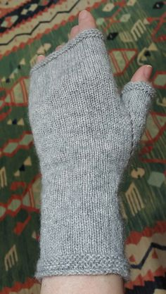 Lace Weight Mitts pattern by Stone Walls Farm The mitt is stockinette with garter edges, decreases are SSK and increases are YO. For me, this pattern is all ab. Beanie Knitting Patterns Free, Knitted Mittens Pattern, Knit Mittens, Knitting Stitches, Knitting Socks, Free Knitting, Yarn Projects, Knitting Projects, Fingerless Gloves Knitted
