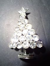 Vintage Sparkly Rhinestone Holiday Time XMAS Christmas TREE Pin/Brooch Jewelry