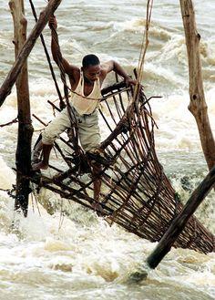 Republic of Congo. Extreme Fishing.   Caravanserai 230