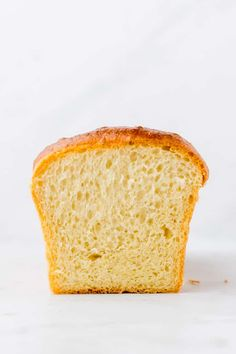 Fluffy, soft, and rich in flavor – that's how an authentic French Brioche Bread must be! Let me show you how to make the best brioche bread recipe at home! Butter Brioche, Brioche Bread, Bread Recipes, Baking Recipes, Cake Recipes, Soup Recipes, French Brioche, Homemade Breakfast, Recipes