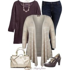 Plus-size Outfit. Great dark plum color is great for fall. Plus, I love those Mary Jane heels. #Fashionista
