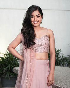 Cute Photos, Hd Photos, Pink Saree, Photo Wallpaper, Hottest Photos, Indian Wear, Beautiful Actresses, Indian Actresses, Lehenga