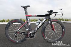Campagnolo's new eps group for time trial and triathlon applications, mounted on a trek speed concept k-swiss team bike: