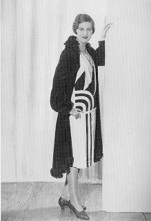 : Fashions of a Roaring Decade - Page 43 - the Fashion Spot Love the Art Deco detail. 30s Fashion, Fashion Week, Fashion History, Art Deco Fashion, Retro Fashion, Vintage Fashion, Womens Fashion, Flapper Fashion, Cheap Fashion