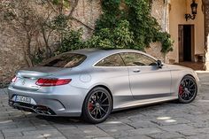 Mercedes-Benz AMG S65 V12 Coupe