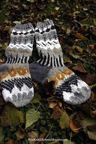 Ihan Kaikki Kotona: Sukat valmiina Gloves, Socks, Winter, Winter Time, Sock, Stockings, Ankle Socks, Winter Fashion, Hosiery