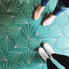 """Another awesome floor from @colemoser in #dsfloors"" Photo taken by @designsponge on Instagram, pinned via the InstaPin iOS App! http://www.instapinapp.com (08/10/2015)"