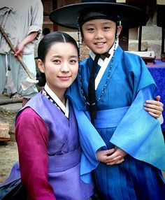 Dong Yi Korean Hanbok, Korean Dress, Korean Outfits, Dong Yi, Korean Traditional Dress, Traditional Outfits, Korean Actresses, Korean Actors, Lee So Yeon
