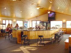 Garden Bay Winery - Munising and Mackinaw City tasting rooms