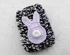 Coloque um aplique de crochê