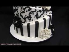 Black & White Topsy Turvy Wedding Cake