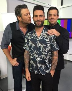 Adam Levine, Blake Shelton, Carson Dailey