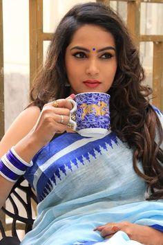 Beautiful Girl Indian, Beautiful Girl Image, Beautiful Saree, Beautiful Indian Actress, Beautiful Actresses, Most Beautiful Women, Beautiful People, Indian Long Hair Braid, Braids For Long Hair
