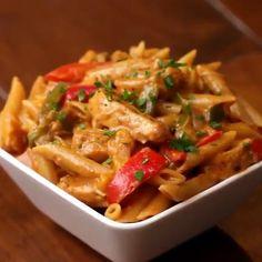 One Pot Chicken Fajita Pasta Recipe by Tasty chicken pasta recipes Tasty Videos, Food Videos, Recipe Videos, Fajita Pasta Recipe, One Pot Meals, Easy Meals, Mexican Food Recipes, Dinner Recipes, Asian Recipes