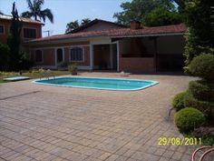 Dennes Imóveis - Casa para Venda/Aluguel em Atibaia