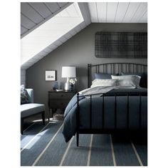 """Bold Blue Striped Wool-Blend Dhurrie 12"""" sq. Rug Swatch Twin sheet... ❤ liked on Polyvore featuring home, bed & bath, bedding, bed sheets, blue sheet sets, stripe twin bedding, blue striped bedding, blue twin bedding and striped twin bedding"""