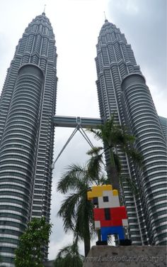 LEGO - Life of George at the Petronas Towers.