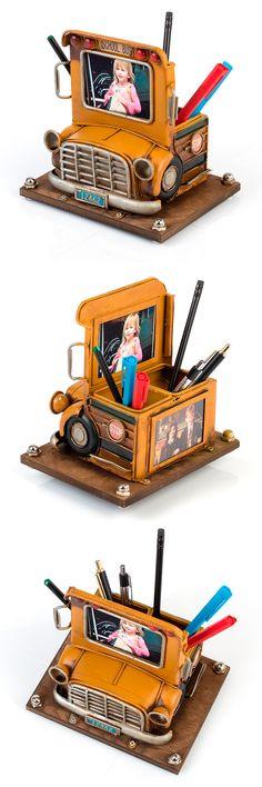 1404B-1286 Фоторамка с подставкой для ручек Школьный автобус  Формат фотографии 2-6x8 см. Размер  18x14.5x17 см. Материал  Металл Toys, Gifts, Activity Toys, Presents, Clearance Toys, Favors, Gaming, Games, Toy