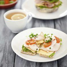 30 cenas que te ayudan a adelgazarLos expertos recomiendan comer cinco veces al día. Hacer tres comidas importantes, y a media mañana...