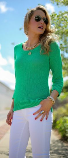 casual friday: kelly green sweater + white jeans + gold chain link and monogram necklaces