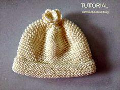 Te va a encantar!     Se trata de un gorrito para bebé.   Si, si el que se lleva al hospital para ponérselo en cuanto tu pequeño na... Newborn Crochet, Crochet Baby, Knit Crochet, Baby Hat Patterns, Baby Knitting Patterns, Knitting For Kids, Cute Baby Clothes, Baby Hats, Knitted Hats