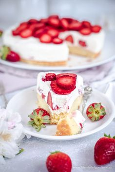 Food N, Food And Drink, Cake Cookies, Yummy Cakes, Panna Cotta, Cheesecake, Strawberry, Yummy Food, Fruit