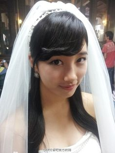 Miss A Suzy, Wedding Dresses Photos, Bae Suzy, Bridal Hair Accessories, Korean Actresses, Weeding, Dancer, Celebs, Pretty