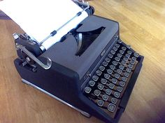 Vintage ManualTypewriter Royal Black Keys Working