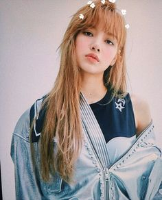 Get to know Lisa more from blackpink