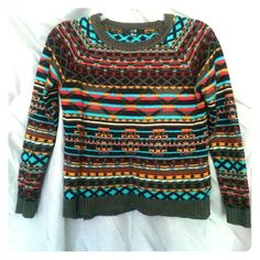 Forever 21 sweater Aztec print forever 21 sweater size small Forever 21 Sweaters