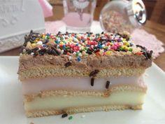 Το γλυκάκι αυτό είναιεύκολο κι απλόστη εκτέλεση, είναι δροσερό καιελαφρύ στη γεύση, είναι όμορφο στην όψη και γίνεται σε χρόνο ρεκόρ! Υλικά (για ένα σκέυος 22χ32) : 2 πακέτα μπισκότα πτι-μπερ (μπορεί να είναι και ολικής άλεσης) 1