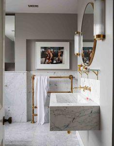 Marble bathroom #hellopeagreenspots #bathroom #brass