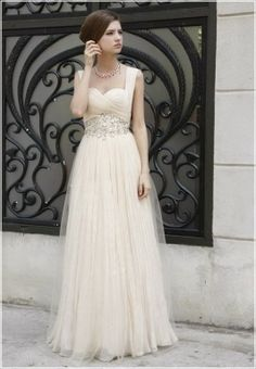Learn, shop, compare vintage old Hollywood dresses inspired by the s, s, and s. Accessories too. With so many old Hollywood glamour dresses available to buy, you are sure to feel a million dollars on your very own red carpet. New Vintage Titanic Tea Party Dress in BlackCoco by Nataya. $ Alfred Sung Bridesmaid Dress D