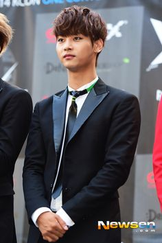 N (140809 VIXX at KCON 2014 in LA - Imgur) N Vixx, Ravi Vixx, South Korean Boy Band, South Korean Girls, Korean Girl Groups, Jellyfish Entertainment, Woollim Entertainment, Leo, Korean K Pop