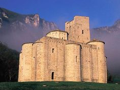 San Vittore alle Chiuse, Genga, Marche is not a castle but a fortified Roman Catholic abbey and church. The edifice is known from the year 1011, and is example of Byzantine-influenced architecture in Italy.