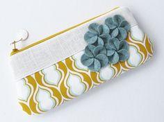 clutch purse/ zipper clutch/ yellow mint linen / by atomique47, $42.00
